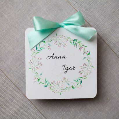KWI 821 Miętowe zaproszenie ślubne z wiankiem