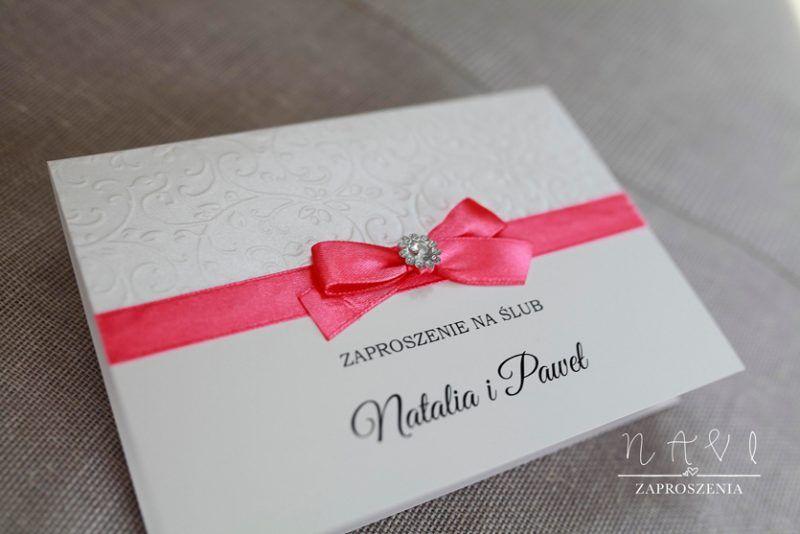 ELE 338 Zaproszenie amarant i ozdobna broszka